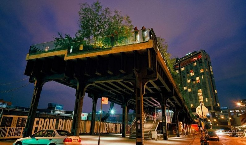 High Line – Abandoned Railway Line Becomes Elevated Park in New York