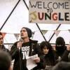 Calais: Jude Law et d'autres comédiens britanniques dans la «Jungle»