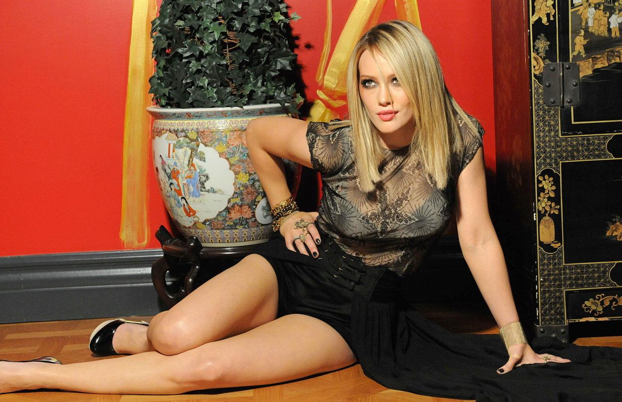 Hilary Duff in Black Dress
