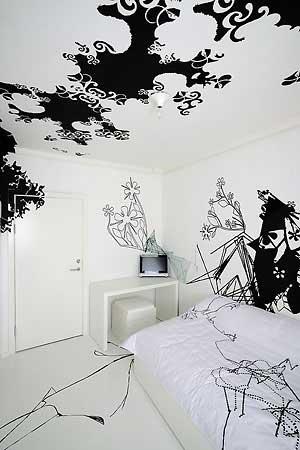 Black White Room