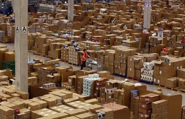 Inside Amazons Warehoue